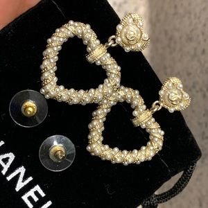 Pre-Owned Authentic Heart Shaped Chanel Earrings